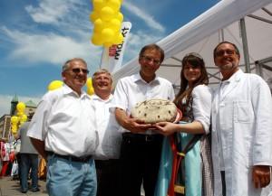 Brotmarkt-Organisatoren mit Bürgermeister Werner Wölfle