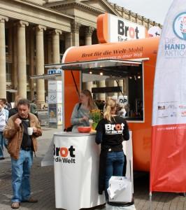 """Zum ersten Mal dabei: das """"Brot-für-die-Welt""""-Mobil"""